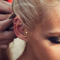 Kolczyk do ucha - Serduszko z kryształkami